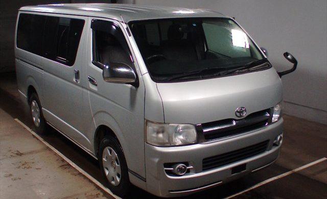 Toyota TRH 200 GL 2007