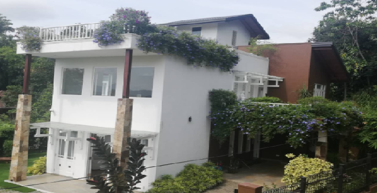 Luxury House for Sale in Kegalle with Furniture